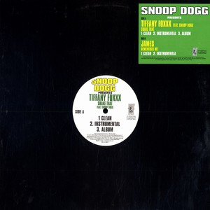 Shake That Feat. Snoop Dogg