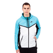 Nike - Tech Hypermesh Windrunner
