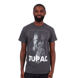 Tupac - Praying T-Shirt