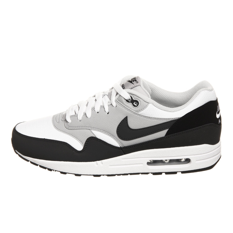 outlet store 9df6d b0a85 Nike. Air Max 1 Essential (White   Anthracite   Wolf Grey ...