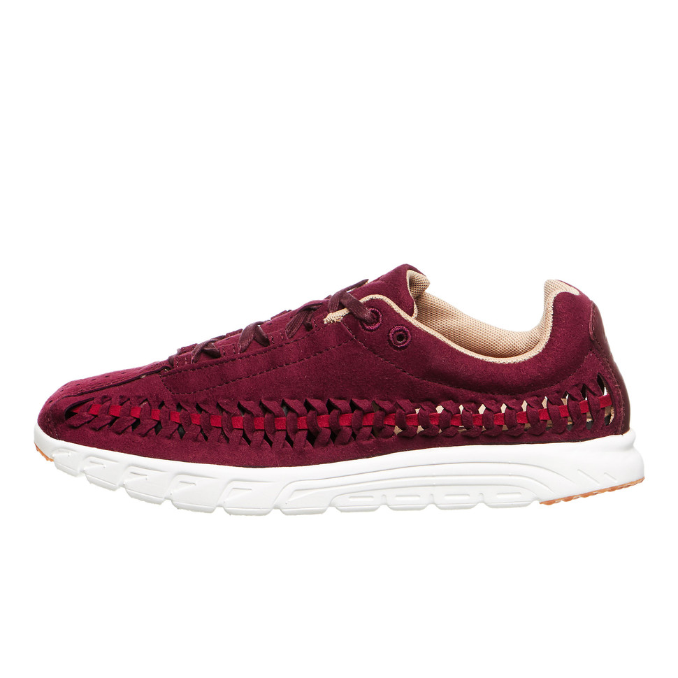 70b80296d00ea7 Nike - WMNS Mayfly Woven (Night Maroon   Nbl Red   Elm   Summit ...