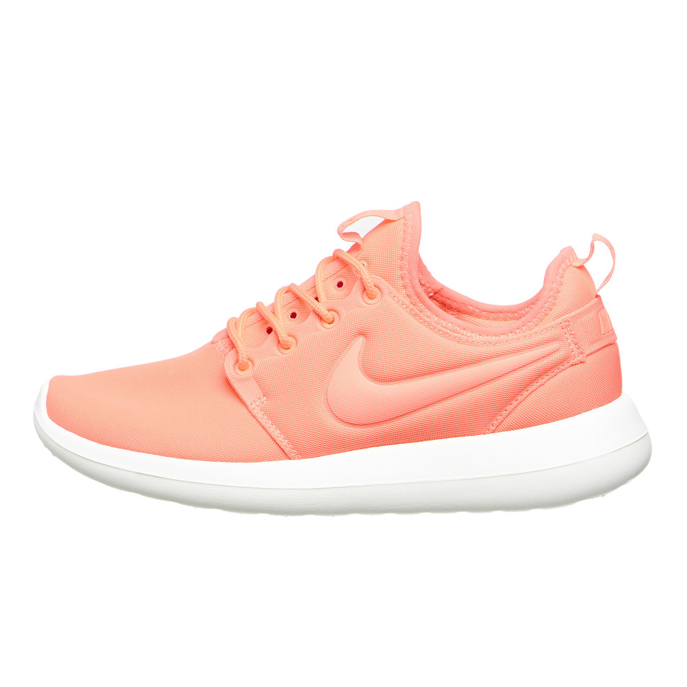 best cheap be259 eb7ac Nike. WMNS Roshe Two (Atomic Pink   Sail   Turf Orange)