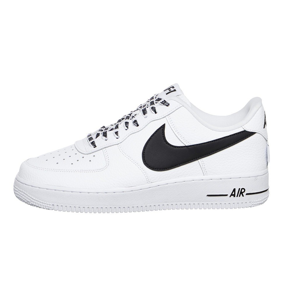 super popular 4c8ab 226e1 Nike. Air Force 1 07 LV8