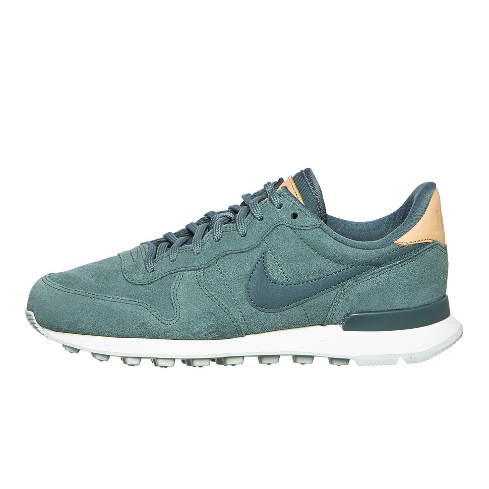 best website 22c3e 8db37 Nike. WMNS Internationalist Premium ...